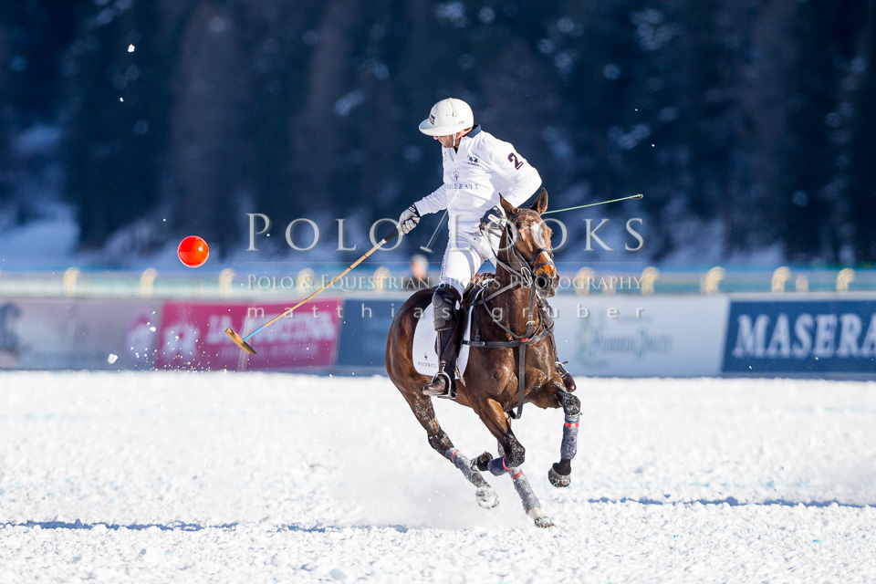 Picture copyright Matthias Gruber, do NOT use without explicit permission! www.Polo-Looks.com
